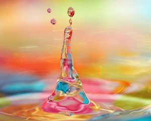 Water-droplets-of-the-moment-bright-colorful_1280x1024